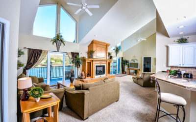 THE ULTIMATE LAKE VACATION! 7 Bed 6 Bath Condo in Cedar Heights! Elevator, Wi-Fi