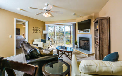 Must See Ledges Condo Overlooks Pool & Beach, King Master Suite, Wi-Fi, 40′ Dock