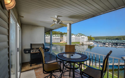 Fabulous Parkview Bay Walk-In Level by the Pool w/ Screened In Deck, W-Fi, Docks