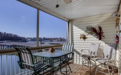 FREE NIGHT! Ledges Condo with Walk-out Deck near Boat Slips Beach 2 Pools Wi-Fi!